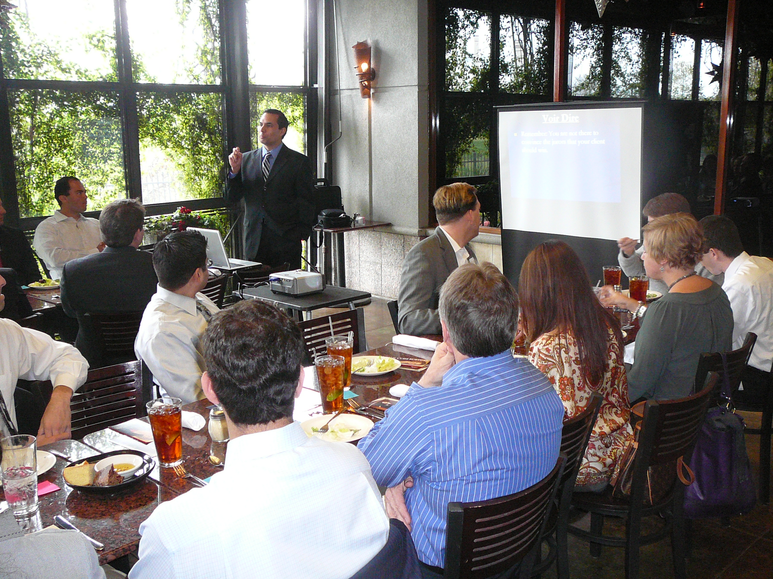 Attorney Roberto Rios presents at SAYLA Luncheon